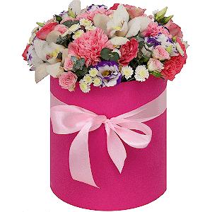 Цветы в шляпной коробке Богема